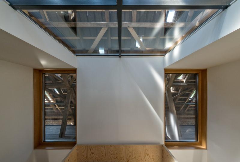 Feldhof in Bachem - offengehaltene Dachkonstruktion