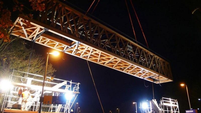 Einpassen der Brücke