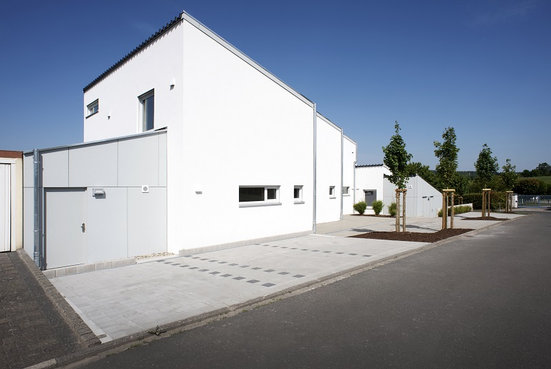 Haupthaus mit Nebengebäude