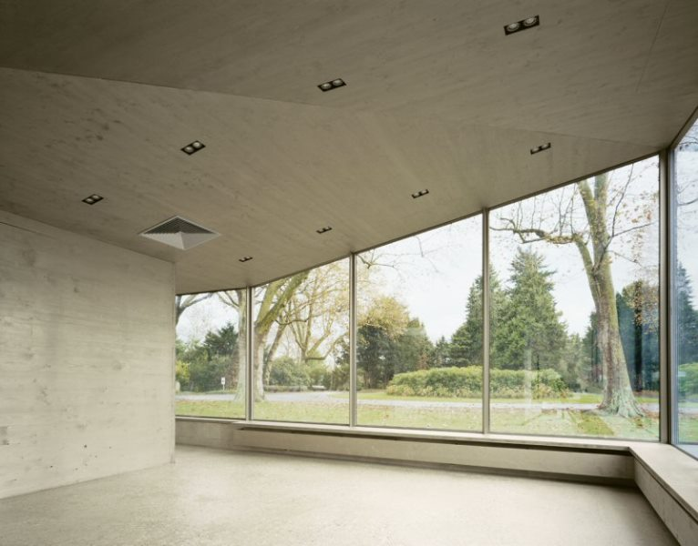 Pavillon Düren: Fensterfront