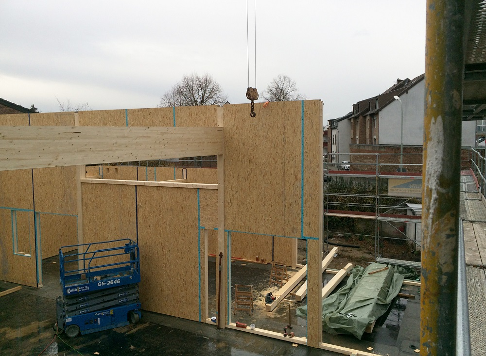 Montage der Holztafelbauweise als Leichtbau