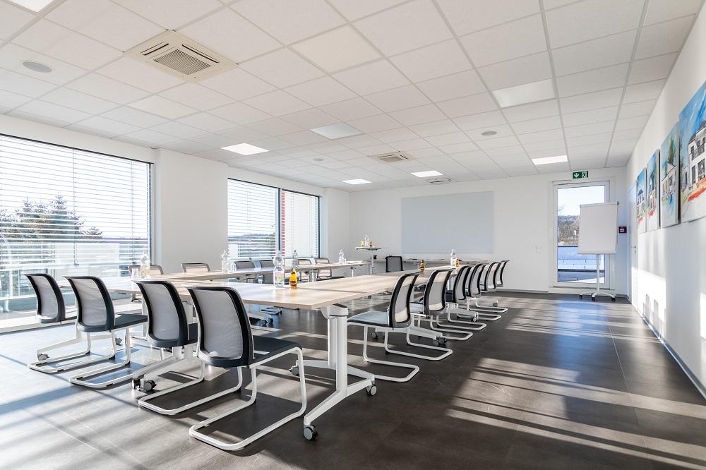 Besprechungsraum für größere Meetings